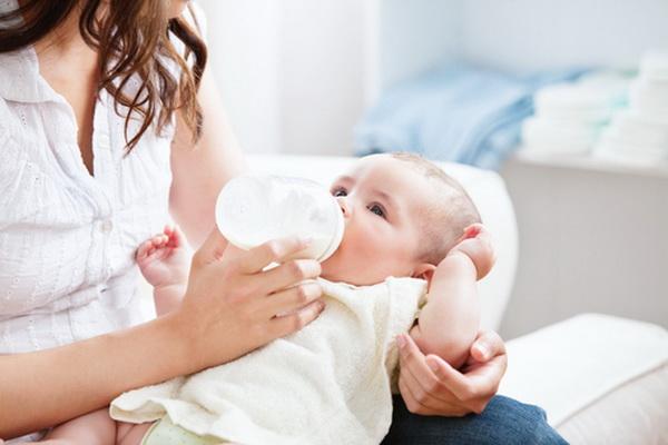Обычная практика стерилизации детских бутылочек оказалась опасной