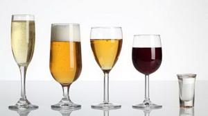 Помогает ли крепкий алкоголь пищеварению?