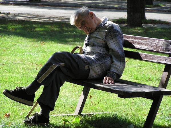 Неграмотность грозит старческим слабоумием