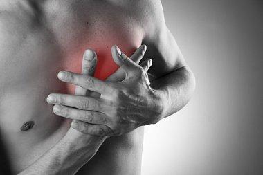 Инфаркт миокарда у молодого мужчины со специфическими факторами риска ишемической болезни сердца, длительно занимавшегося бодибилдингом