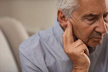 Снижение слуха как основная причина когнитивных нарушений у пожилых пациентов